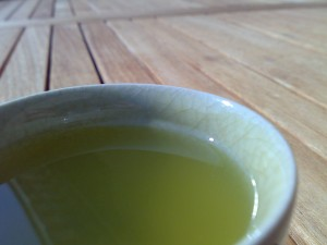 A cup of sencha (CC: Christian on Wikipedia)
